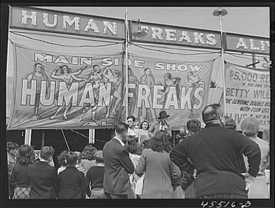 Freak_show_1941